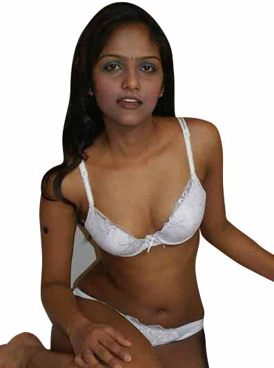 pooja Escort in Seelampur